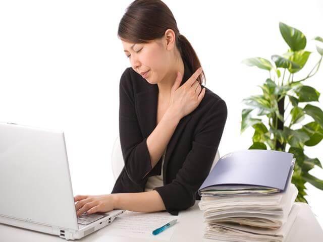 Do ngồi làm việc thường xuyên gây nên bệnh trĩ