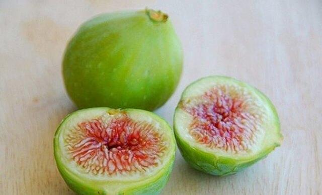 Dùng quả sung chữa táo bón